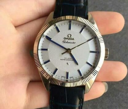 Replika Omega Constellation Globemaster 130.93.39.21.99.001